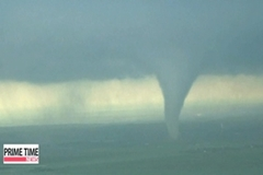 Massive tornado hits Oklahoma, more than 90 killed