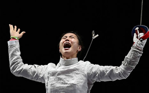 Kim Ji-yeon Wins Korea's First Ever Gold in Sabre